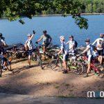 près de l'étang de Hanau à vélo